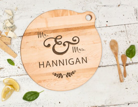 Personalised Mr and Mrs Wreath Canadian Maple Cheeseboard