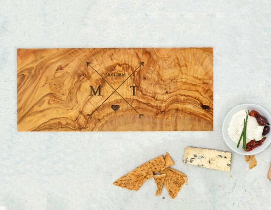 Personalised Arrows Olivewood Rectangle Cheeseboard